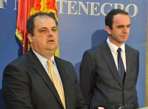 Genci Nimanbegu, Nik Gjeloshaj