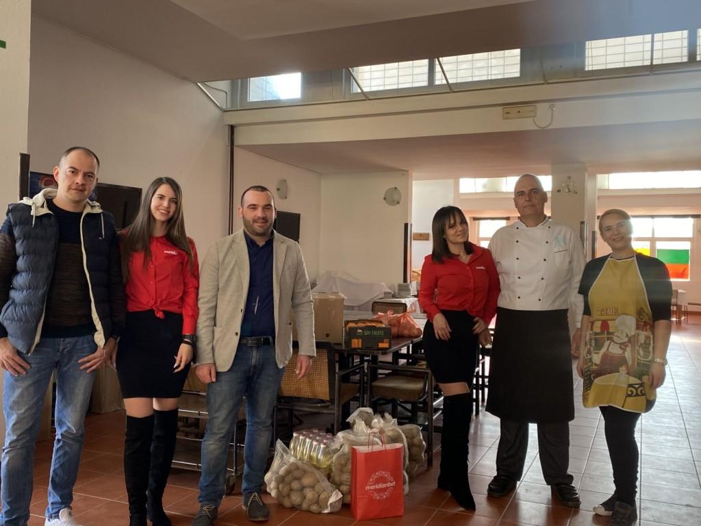 donacija narodnoj kuhinji u Budvi